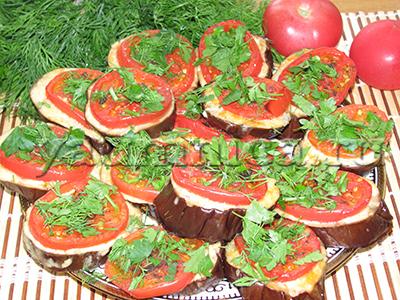 Баклажаны запеченные в духовке с помидорами и сыром