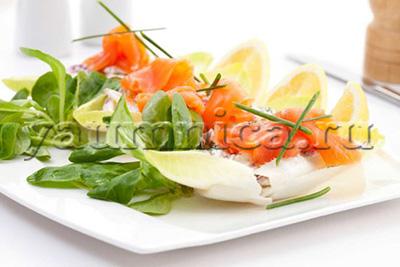 лосось с цикорием