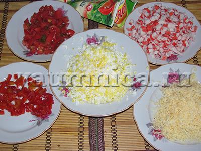 рецепт вкусного слоеного салата с крабовыми палочками