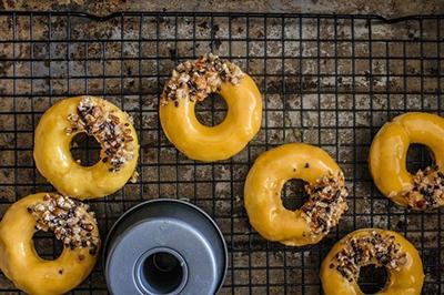 Пончики с карамелью рецепт