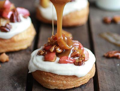 Пончики со сметанным кремом рецепт