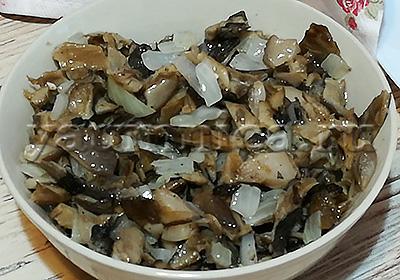 грибы с луком рецепт