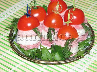 канапе с колбасой рецепт