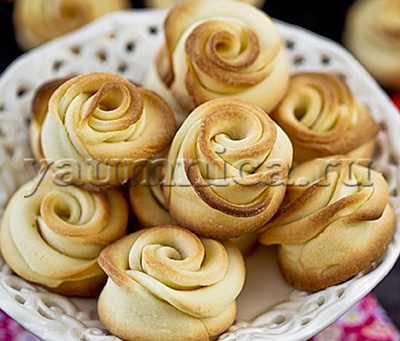 Простое и вкусное рассыпчатое печенье к чаю розочки пошаговый фото рецепт