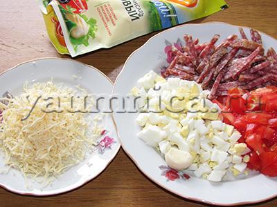 салат с колбасой рецепты