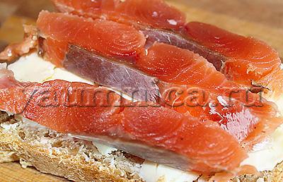 бутерброды с рыбой рецепыт
