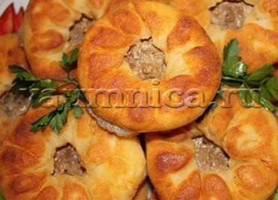 Вкусные домашние беляши с мясом на сковороде простой рецепт