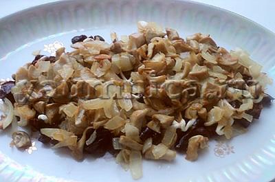 салат с жареными грибами рецепт