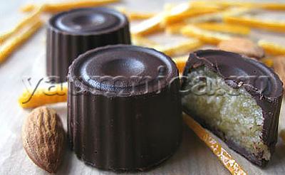 конфеты с марципаном