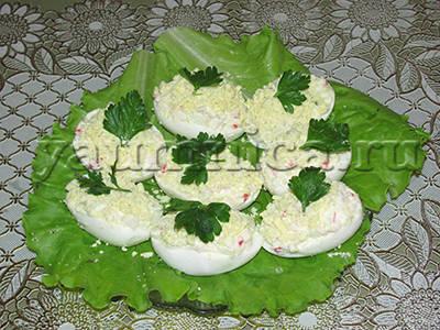 фаршированные яйца рецепт