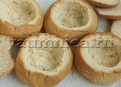 Жульен с грибами в булочке рецепт