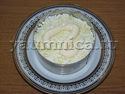 салат с крабовыми палочками и яйцом рецепт